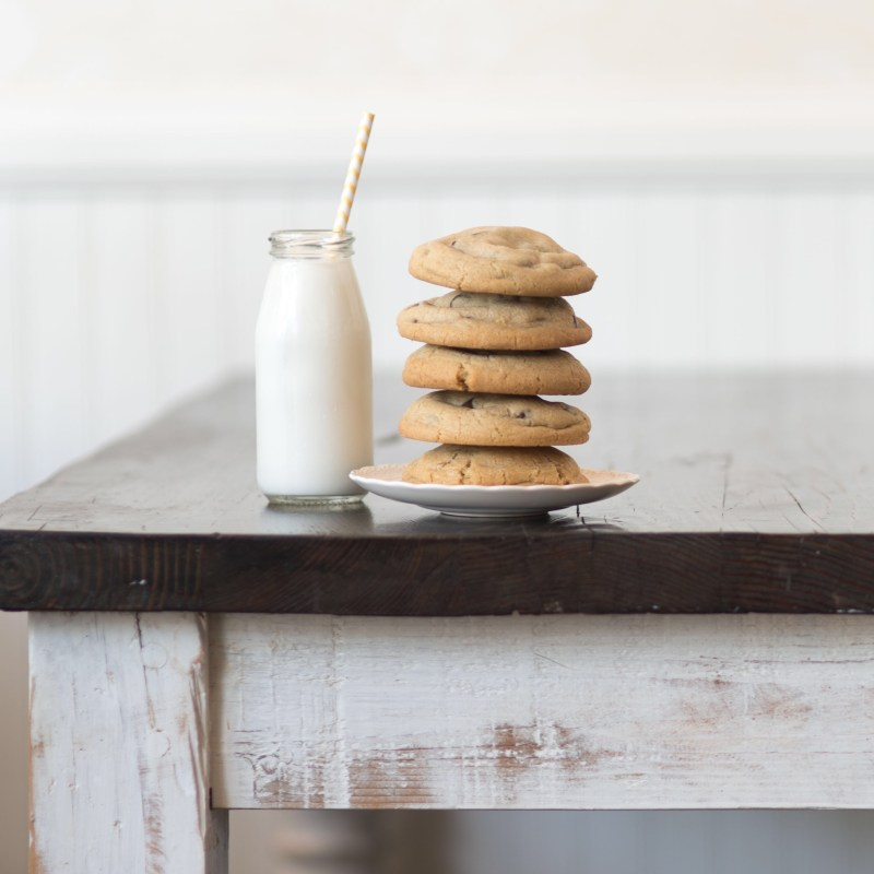 Let-Me-Eat-Cake-Milk-Jar-Cookies