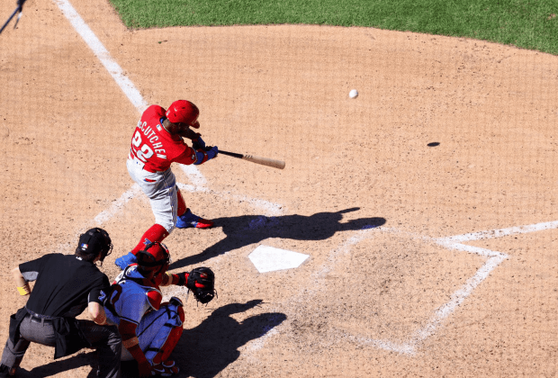 Phillies Sweep Nationals Cutch