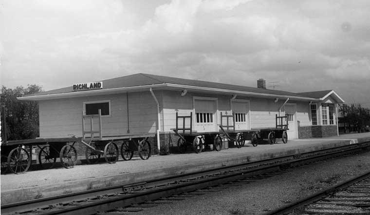 Frisco Depots Pulaski County Missouri