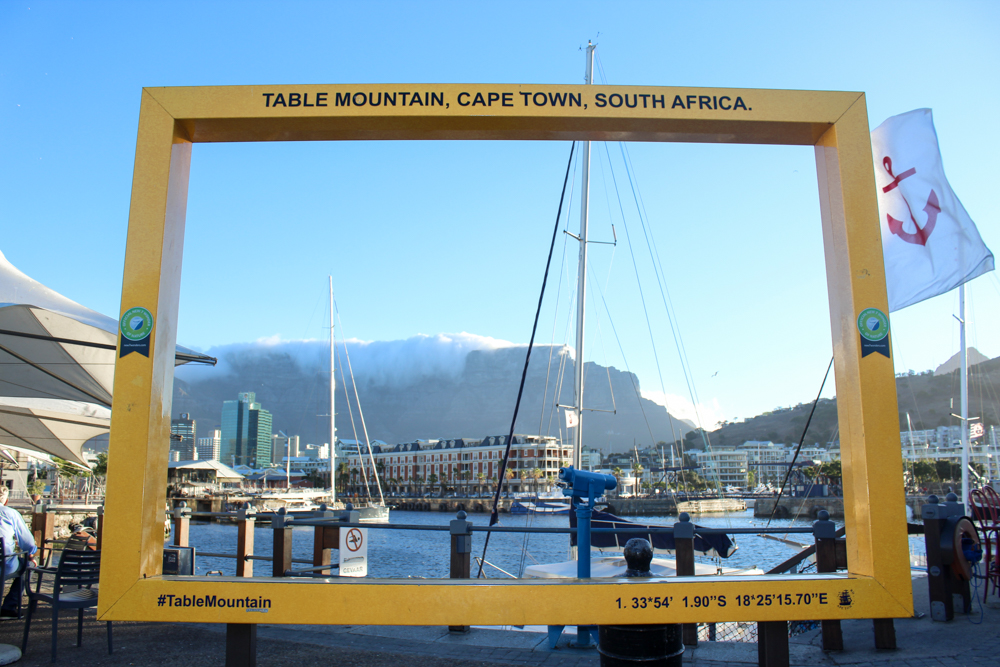 yellow frame - Waterfront - Cape Town - South Africa