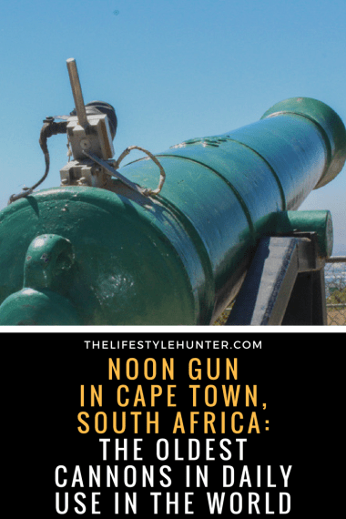 #thelifestylehunter #pilarnoriega #Travel : signail hill, noon gun, cannons, oldest cannons in daily use, sundowners, sunset, paragliding, tandem paragliding, lions head, lion's head, hiking, hike, table mountain, Africa, Cape Town, Sea Point Promenade, Cape Town Hotel, trendy, Devils Peak, Kruger safari, Stellensbosh, Hermanus, Cape Point, Garden Route, Groot Constantia, Kristenbosch, Boulders Beach, Boo-Kaap, Clifton Beach, V&A Waterfront, Camps Bay, Green Point Stadium, sky diving, travel