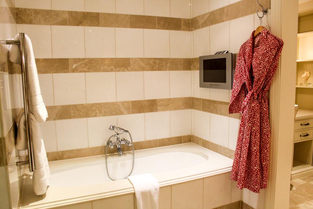 Oyster Box Hotel bath - Durban - South Africa