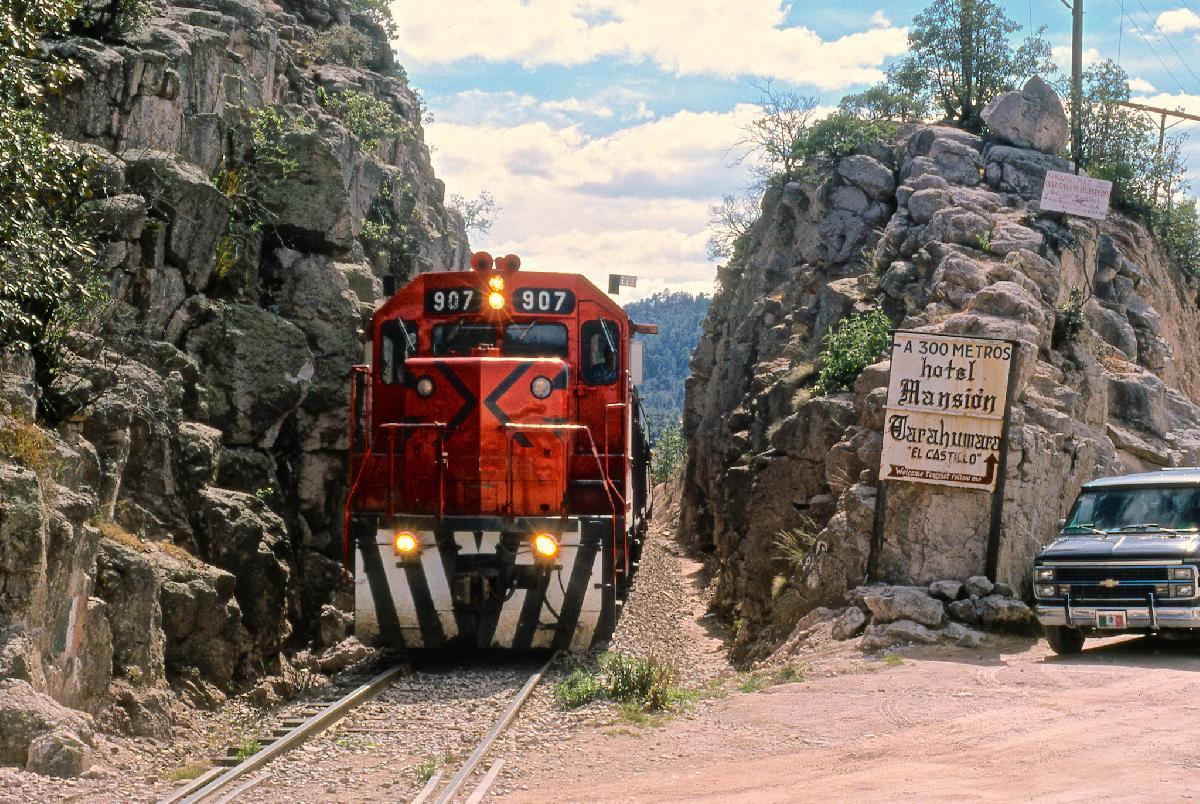 tren-chepe-barrancas-del-cobre-chihuahua-sinaloa-mexico