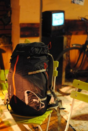 Yes, this is my backpack! We travel (extremely) light :)