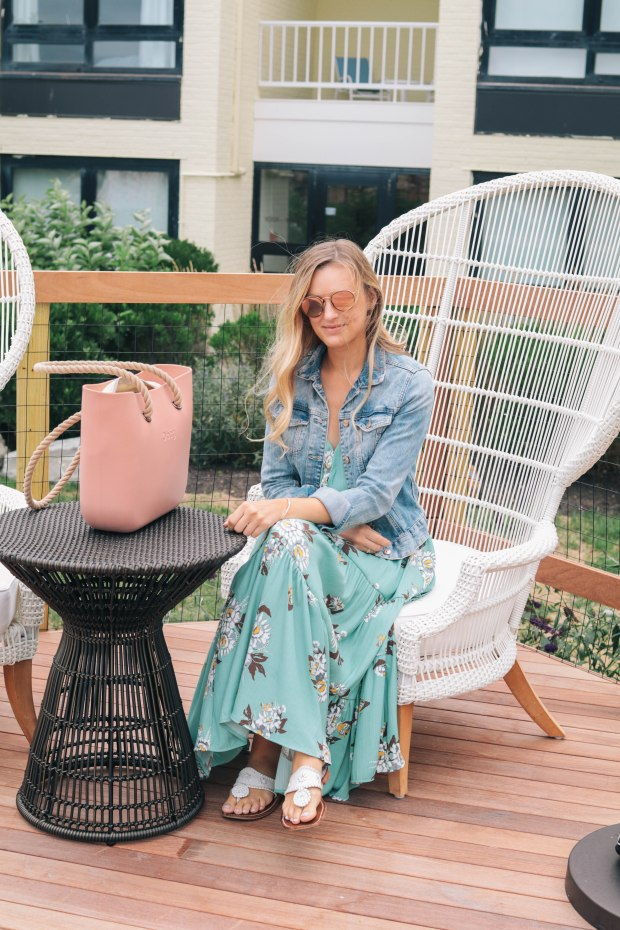 Style blogger, Leigha Gardner, of The Lilac Press showcasing a floral Free People maxi that just won't quit; transitioning from summer to fall particularly well.