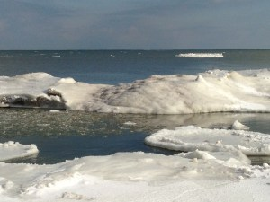 201403 LM frozen Lake Ont