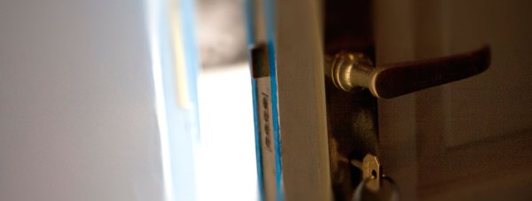 sneak-in-burglary
