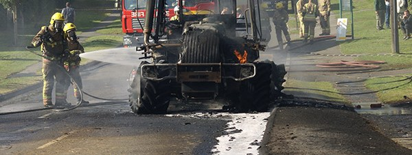 tractor_fire_2