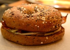 Lincoln-Bagel-Company---Lincolnite-Christmas-Bagel-29-11-2012-SS-6