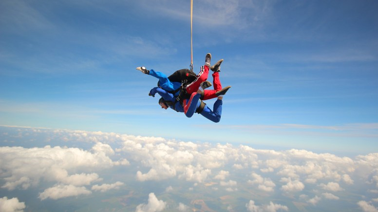 IT & Web Developer Gordon Dewison, as he hurtles towards the ground at 120 mph