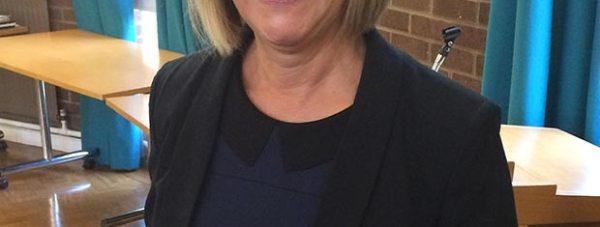 Dr-Yvonne-Owen