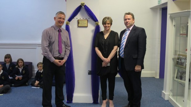 Karl McCartney unveiling a plaque at St Giles School on April 16