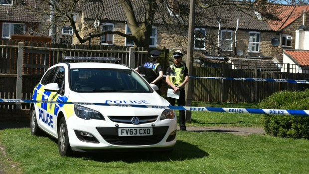Police are guarding the scene of the Walnut Place fatal stabbing in Lincoln. Photo: Steve Smailes for The Lincolnite