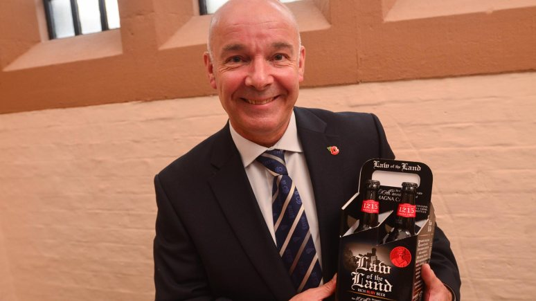 Stuart Bateman, Managing Director of Batemans Brewery, celebrating the launch of their new beer, Law of the Land. Photo: Steve Smailes for the Lincolnite