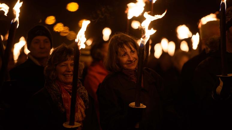Lincoln Light Up A Life For St Barnabas Lincolnshire