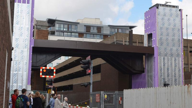 Work progressing on the High Street footbridge. Photo: Sarah Barker for The Lincolnite