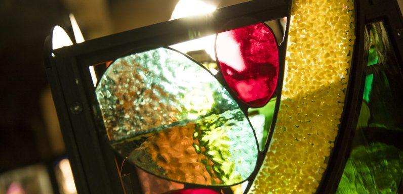 Glassumimass-photo-electric-egg