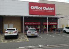 Lincoln Office Outlet closing next month