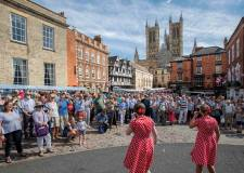 50,000 swing it to Lincoln 1940s weekend