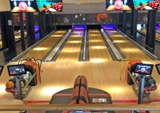 Lincoln bowling alley reopens this weekend