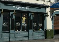 Dandy Lion's new manager offering free G&Ts for reopening