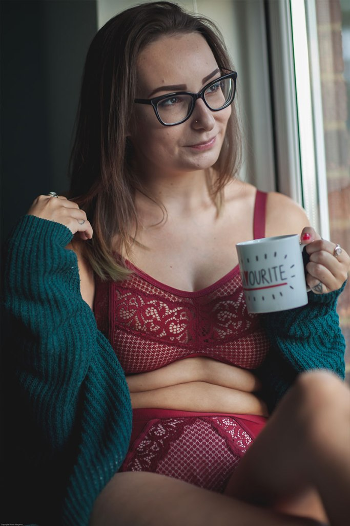 the lingerie princess wears the frankie bralette set in garnet red from fuller bust bra brand rougette by tutti rouge.