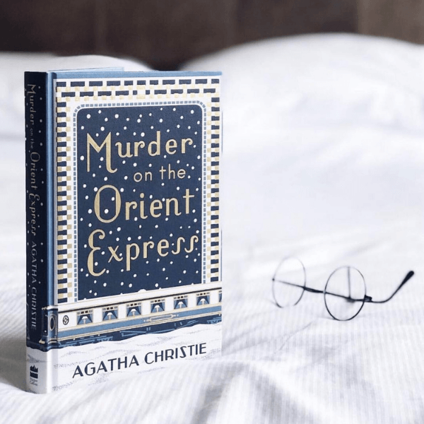 Murder on the Orient Express Book Review - Agatha Christie
