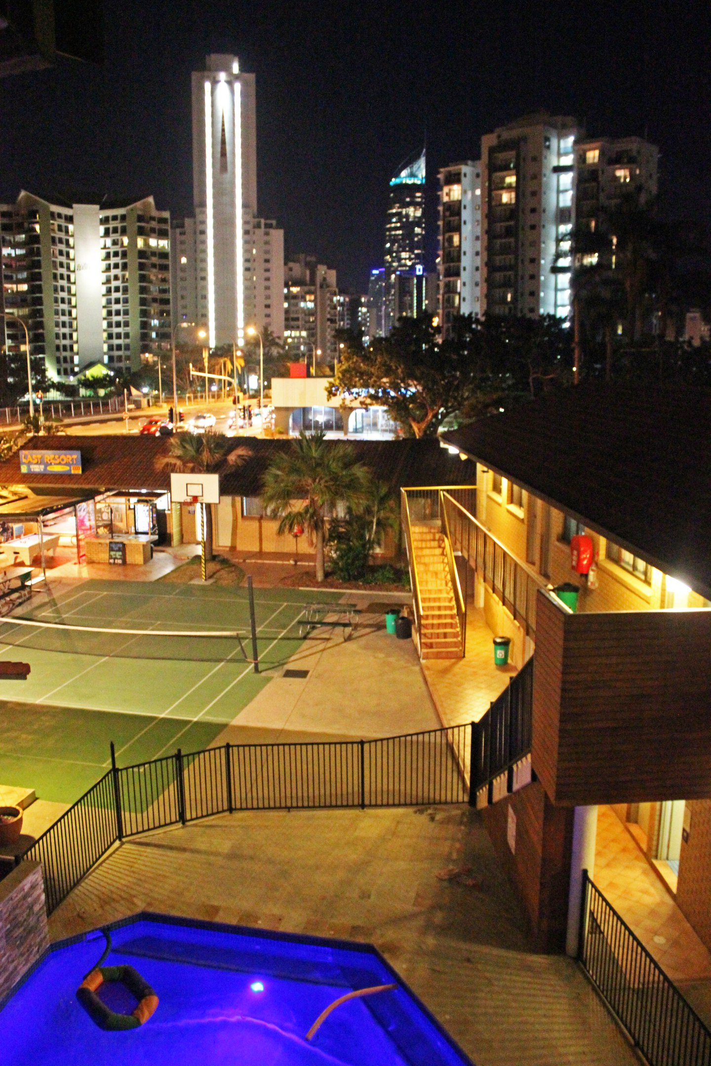 Surfers Paradise Backpackers Resort Review
