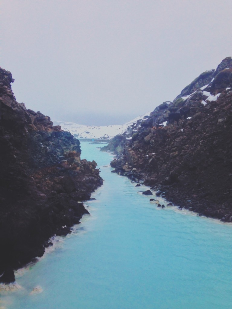 what to expect from visiting the blue lagoon in winter