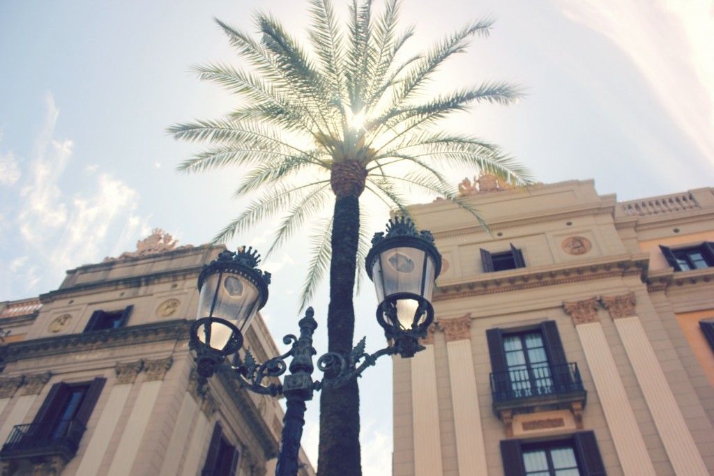 Photos of Barcelona - Plaza de Reial