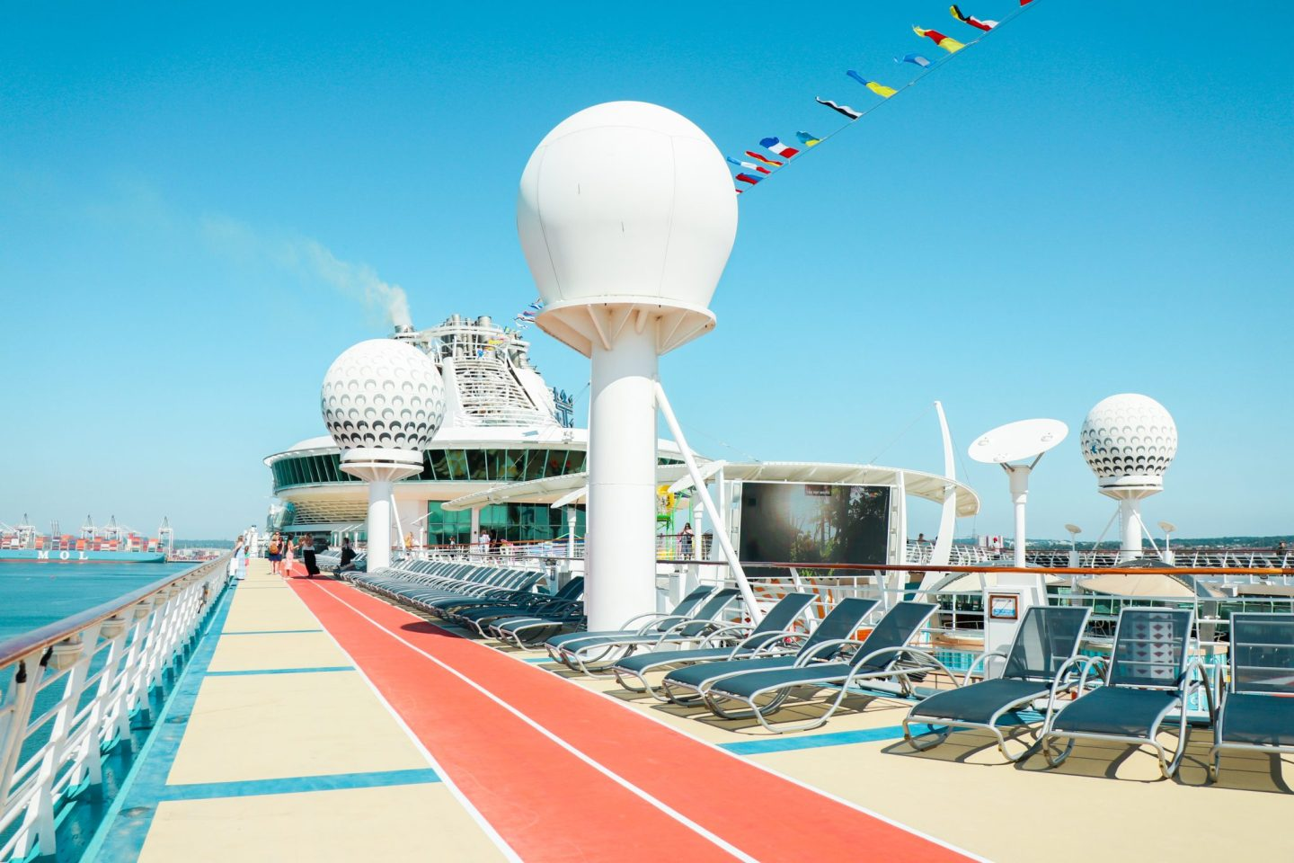 10 Activities You Can do Onboard the Independence of the Seas