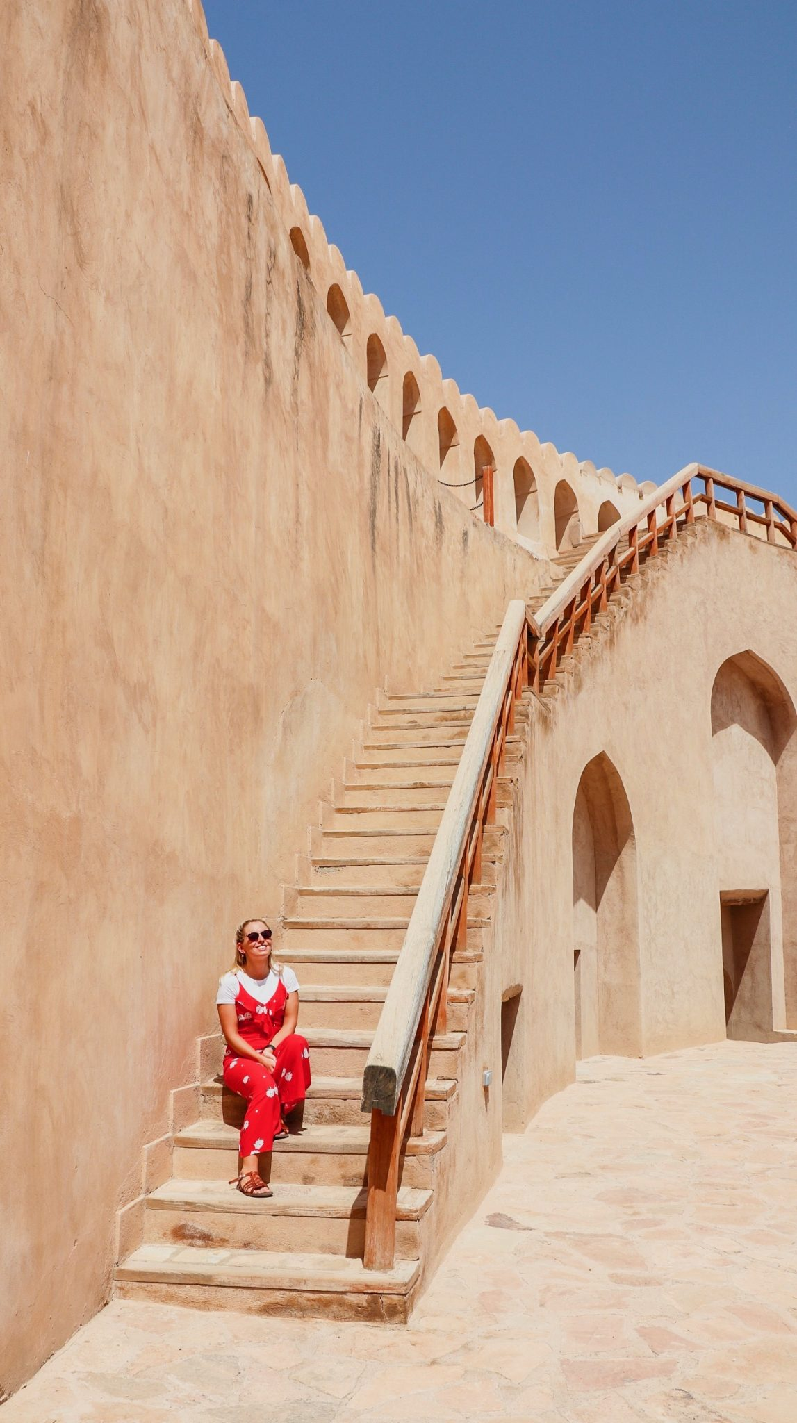 Oman Road Trip from Dubai + Places to Stop - Nizwa Fort