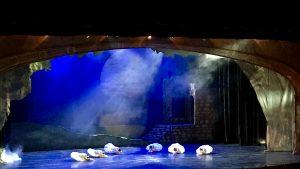 Lisa Macuja-Elizalde returns on stage for Swan Lake