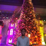 The Little Binger enjoys the lights and snow.| Christmas Town at SM Southmall