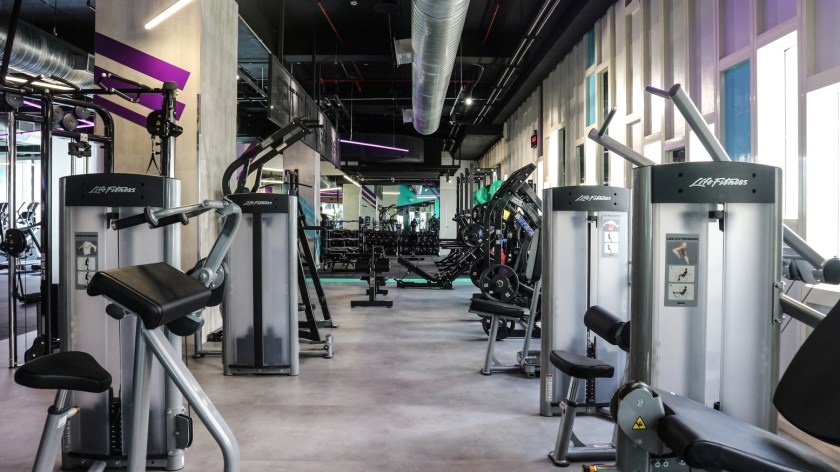 Get your body moving and working with Celebrity Fitness' range of amenities to get your heart pumping such as the free weights
