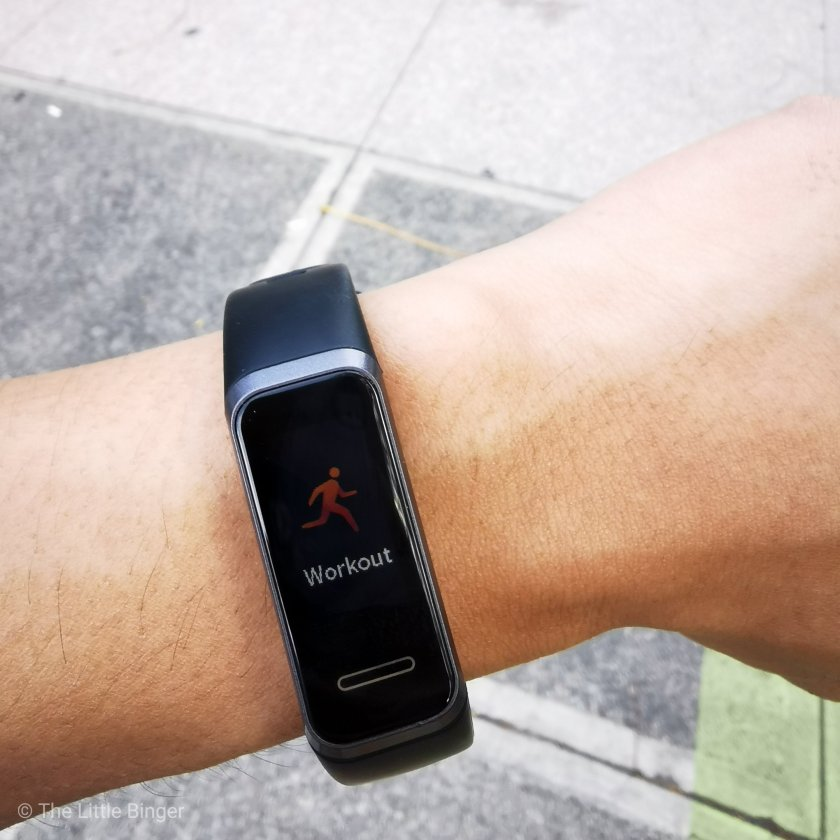 Track your workouts with Huawei Band 4 | The Little Binger