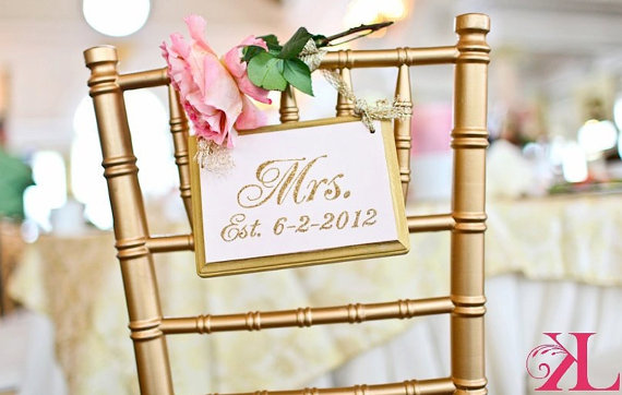 mr and mrs chair signs cheap folding the little canopy artsy weddings indie vintage wedding headtable