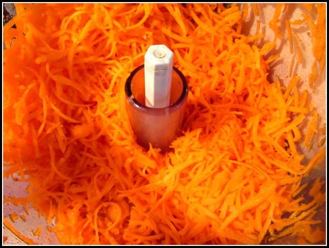 Baked Quinoa Carrot Bites