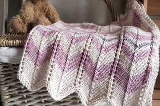 Baby's Chevron Stripe Pram Blanket Knitting Pattern