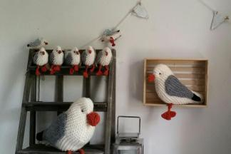 Knitted seagulls