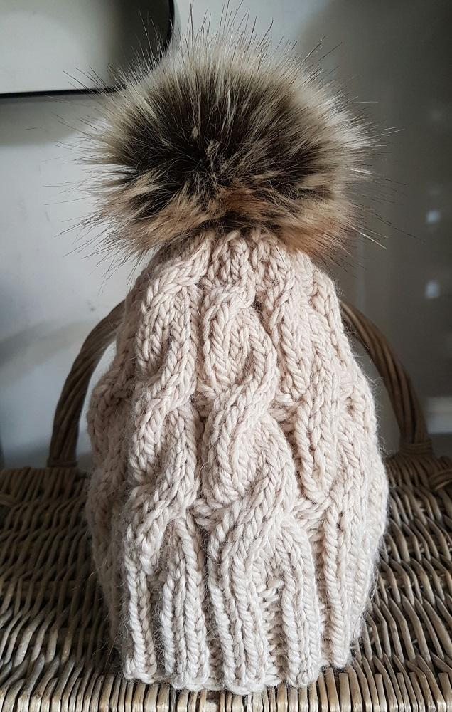 Alpaca Faux Fur Pompom Hat Hut No.13