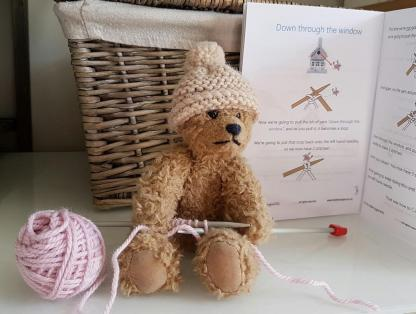 Beginner's knitting for children