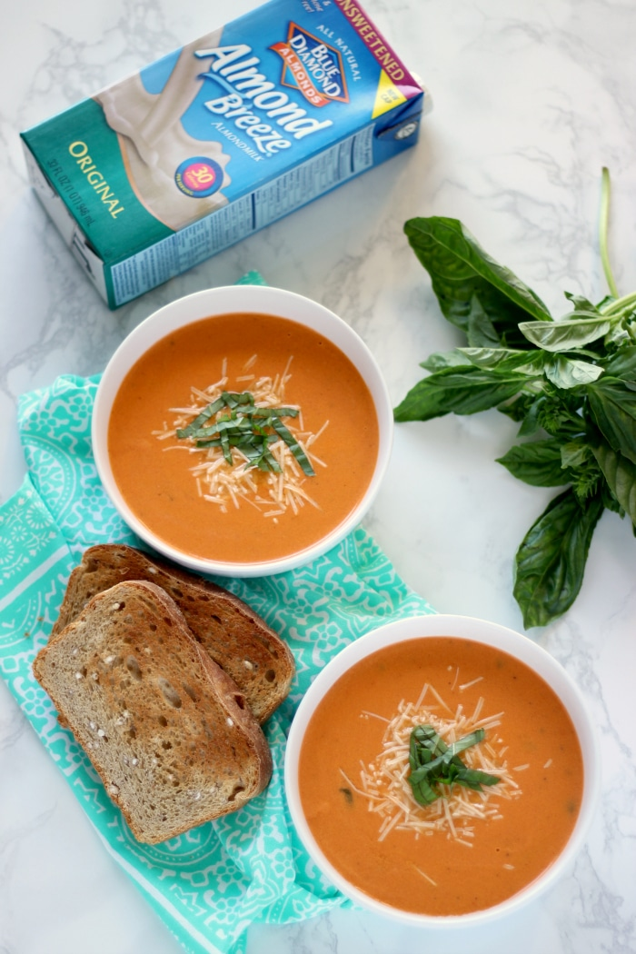 Skinny Creamy Tomato Basil Soup
