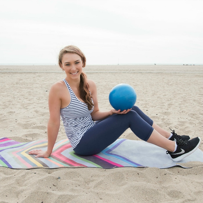 Lower Ab Pilates {with A Mini-Ball} & How I Fuel My