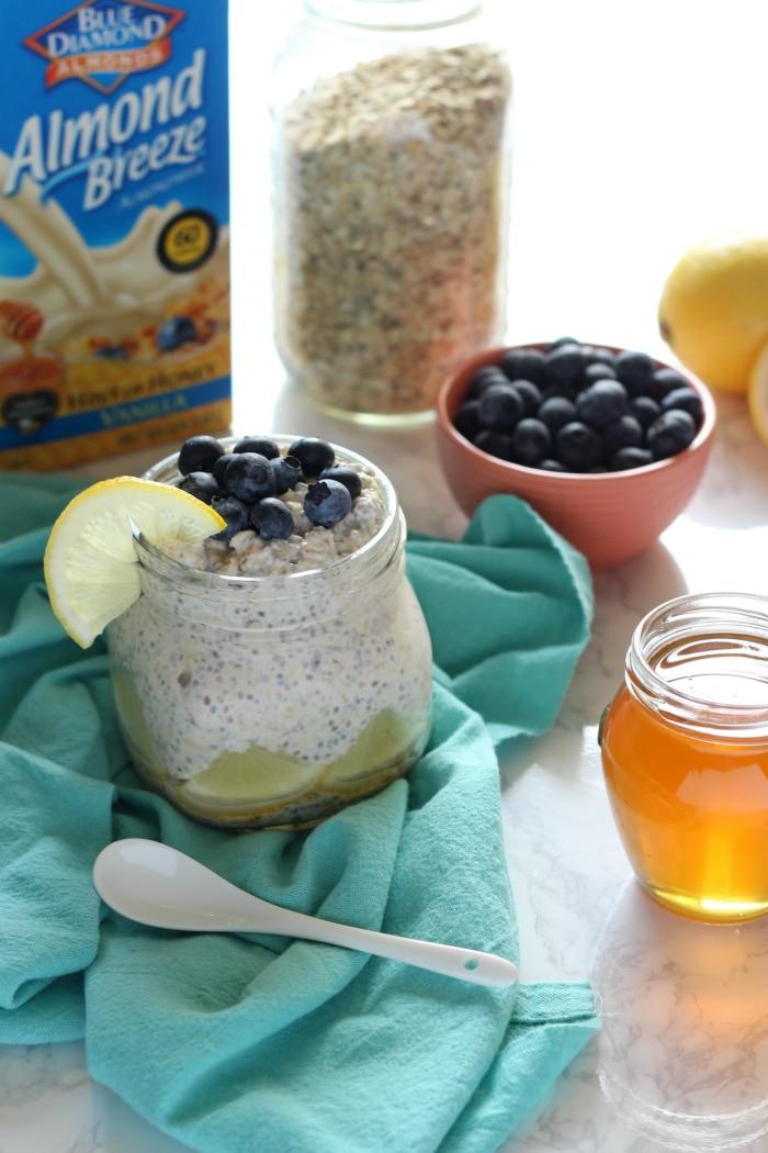 Lemon Blueberry Overnight Oats