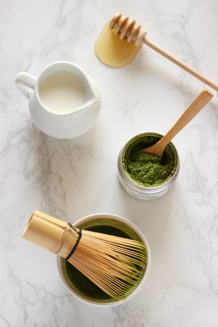 how-to-make-a-matcha-latte-2