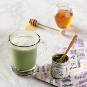 Skinny Matcha Tea Latte
