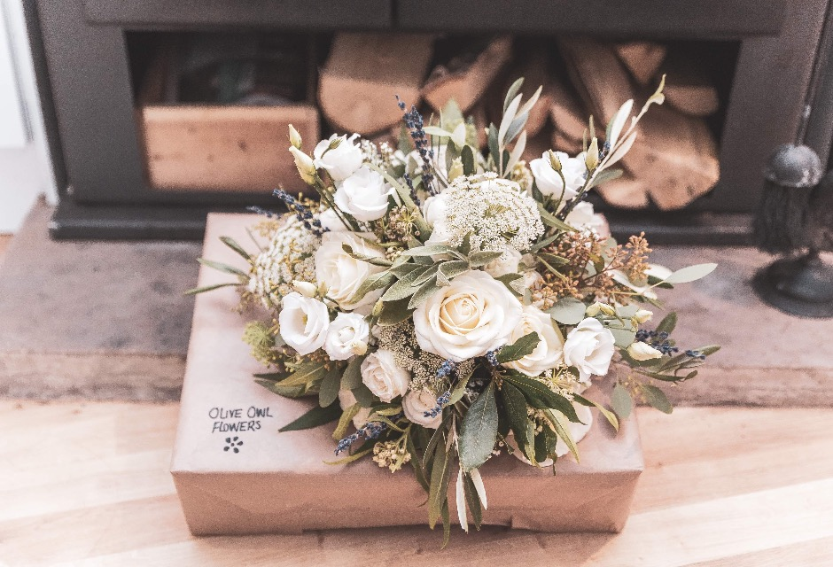 White and greenery wedding bouquet
