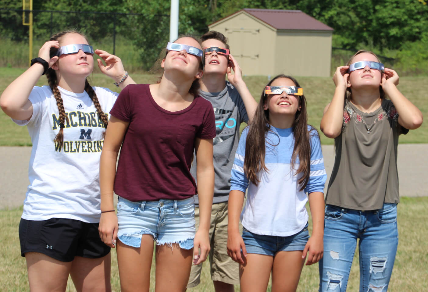 Students Enjoy Solar Eclipse At Hutchings Elementary