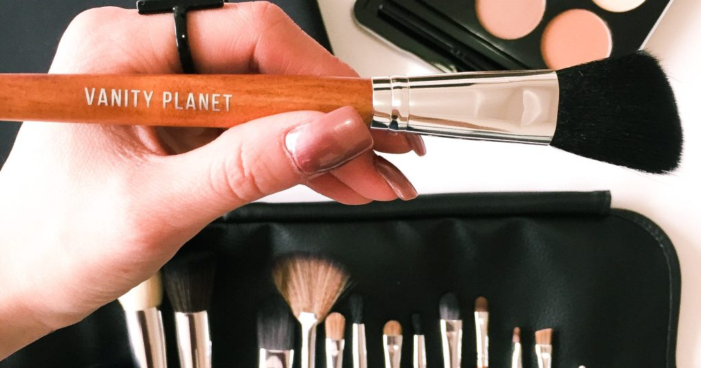 Glam Up with Vanity Planet
